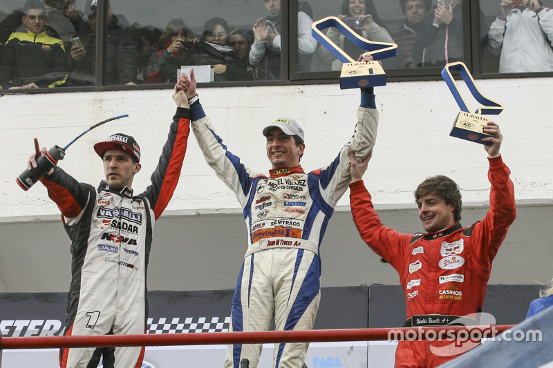 Podium: second place Matias Rossi, Donto Racing Chevrolet, winner Juan Martin Trucco, JMT Motorsport Dodge and third place Nicolas Bonelli, Bonelli Competicion Ford