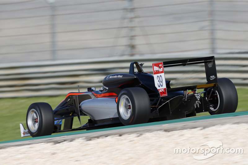Alexander Sims, HitechGP, Dallara F312 - Mercedes-Benz
