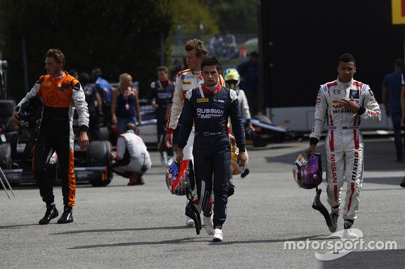 Meindert van Buuren, MP Motorsport y Arthur Pic, Campos Racing y Mitch Evans, TIEMPO DE RUSIA y Jann Mardenborough, Carlin