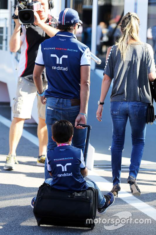 Felipe Massa, Williams met vrouw Rafaela Bassi en zoon Felipinho Massa