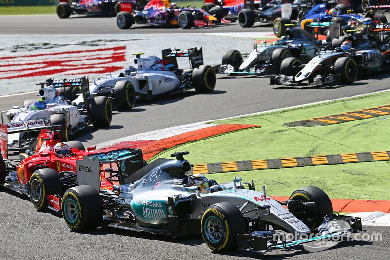 Lewis Hamilton, Mercedes AMG F1 W06lider al inicio de la carrera