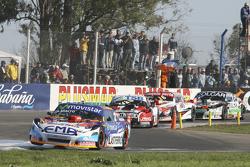 Крістіан Ледесма, Jet Racing Chevrolet та Жозе Мануель Уркера, JP Racing Torino та Ніколя Троссе, Maquin Parts Racing Torino та Гастон Маццакане, Coiro Dole Racing Chevrolet