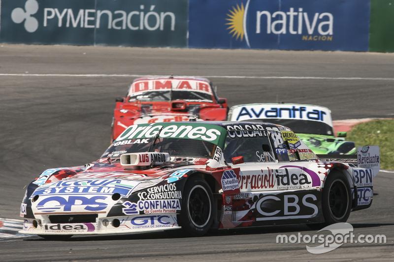 Каміло Ечеваррія, Coiro Dole Racing Torino та Хуан Баутіста де Бенедіктіс, di Meglio Motorsport Ford та Крістіан Доуз, Dose Competicion Chevrolet