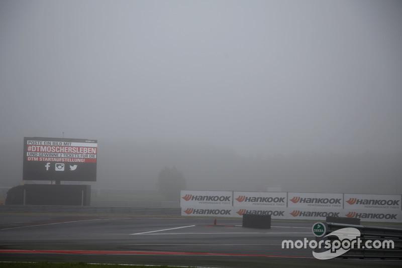 Das Training verzögert sich aufgrund von starken Nebels