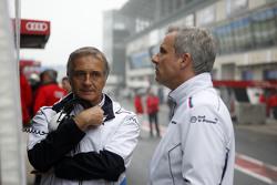 Charly Lamm, BMW Schnitzer Takım Menajeri ve Jens Marquardt, BMW Motorsporları Direktörü
