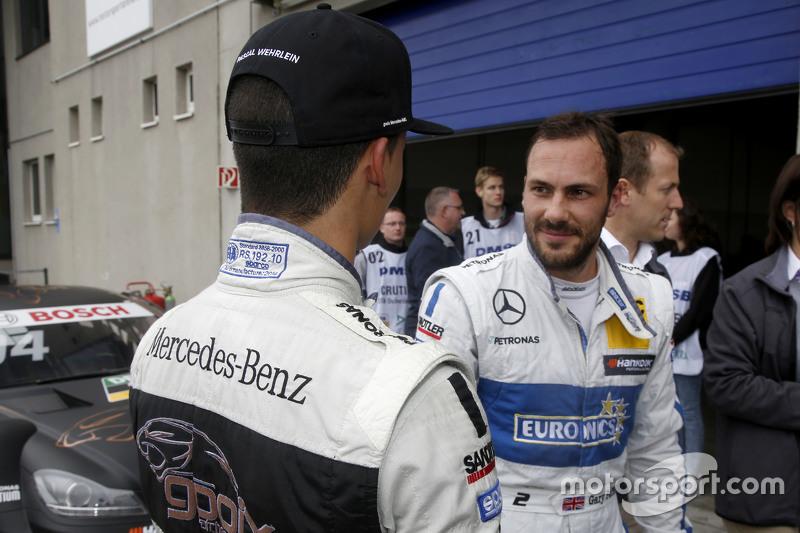 Паскаль Верляйн, HWA AG Mercedes-AMG C63 DTM та Гері Паффетт, ART Grand Prix Mercedes-AMG C63 DTM