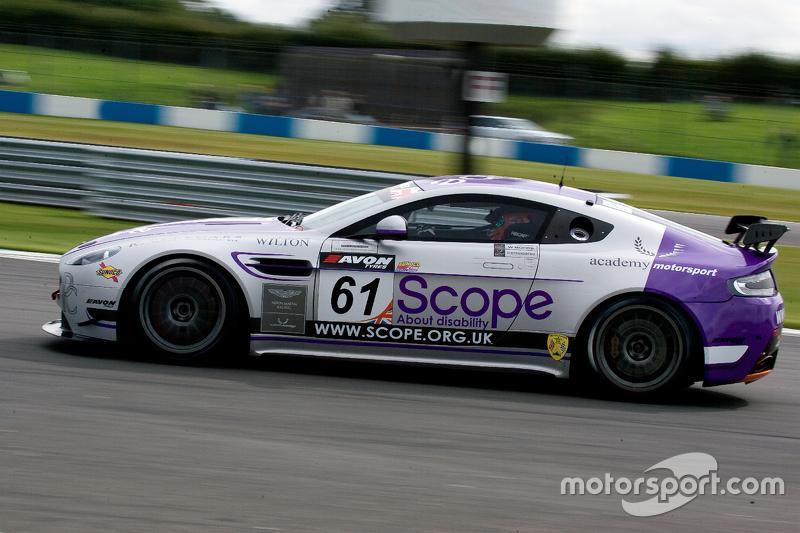 #61 Academy Motorsport Aston Martin GT4 Challenge: Will Moore, Dennis Strта berg