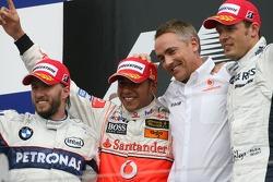 Kazanan, 3.Lewis Hamilton, McLaren Mercedes, MP4-22, 2. Nick Heidfeld, BMW Sauber F1 Team, F3.07, 3. Alexander Wurz, Williams F1 Team, FW29 ve Martin Whitmarsh, McLaren, Şef Sorumlusu