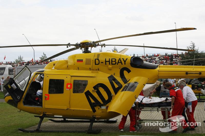 Льюіс Хемілтон, McLaren Mercedes, після аварії