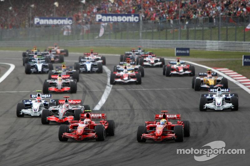 Im Qualifying holte sich Kimi Räikkönen die Pole-Position und ...