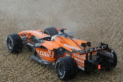 Adrian Sutil, Spyker F1 Team, F8-VII, spins out