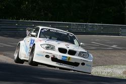 #271 Renngemeinschaft Berg. Gladbach e.V. i. ADAC BMW 330 d: Thomas Haider, Rainer Kutsch, Marc Hiltscher, Jutta Kleinschmidt