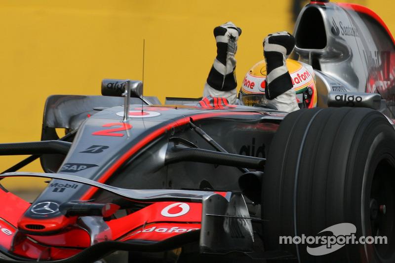 VITÓRIAS: Ainda faltam 33 para Hamilton igualar Schumacher (58 a 91). Trata-se de uma estatística alcançável para o inglês, mas ainda um pouco distante.