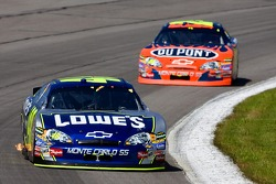 Jimmie Johnson devant Jeff Gordon