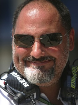 Alfonso De Orleans Borbon, jefe de Racing Engineering