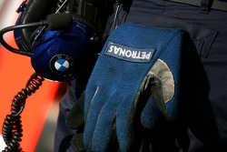 The glove of a mechanic, BMW Sauber F1 Team