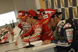 Post-race press conference: race winner Loris Capirossi, Randy De Puniet, Toni Elias and 2007 MotoGP champion Casey Stoner
