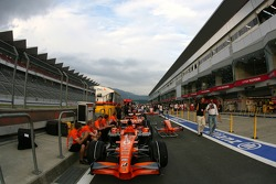 Spyker F1 Team, cars in the pitlane