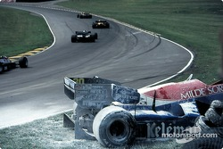 Wreck, Jo Gartner' Osella-Alfa Romeo FA1F