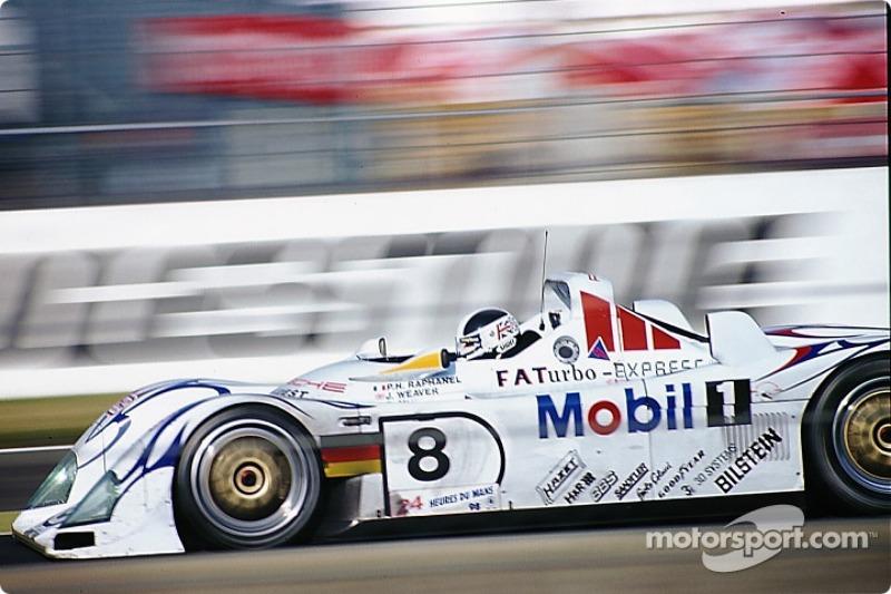 #8 Porsche AG Porsche LMP1/98: James Weaver, Pierre-Henri Raphanel, David Murry