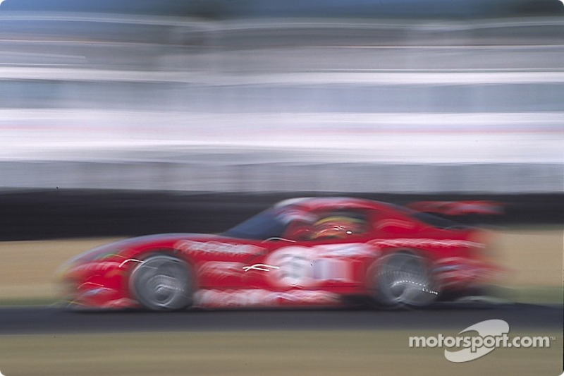 Viper blur at the chicane