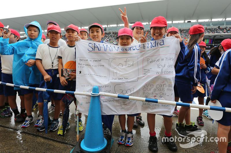 Junge Fans von Sahara Force India F1 Team