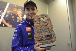 Trofeo del GP de Aragón Movistar diseñado por Jorge Lorenzo