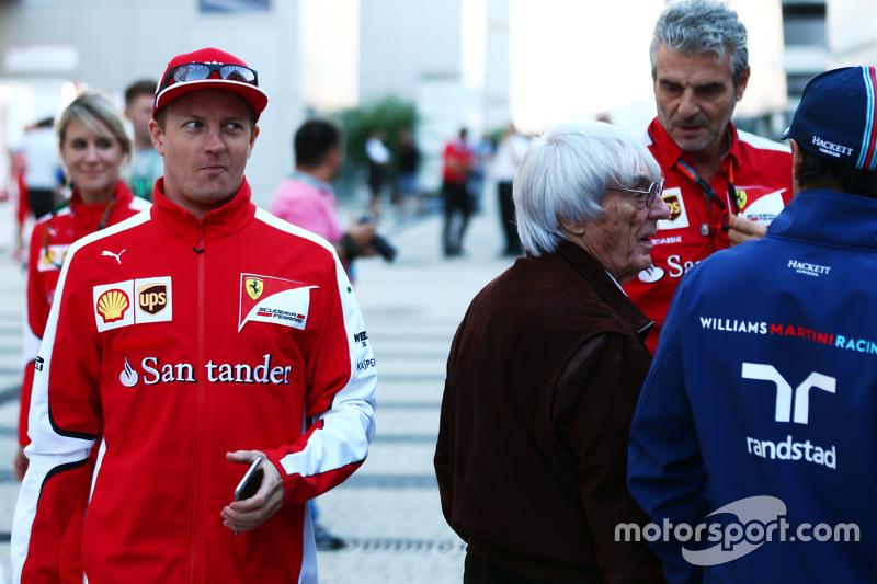(L to R): Kimi Raikkonen, Ferrari passes Bernie Ecclestone,; Maurizio Arrivabene, Ferrari Team Principal and Felipe Massa, Williams