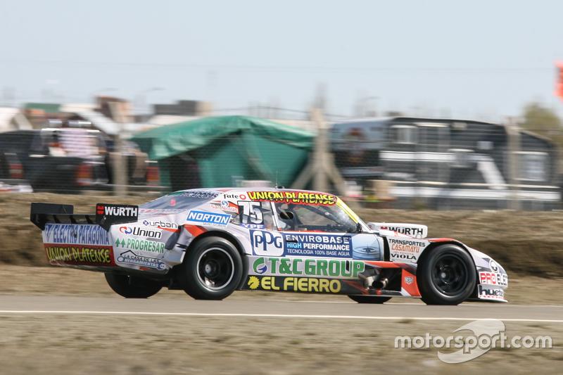 Sergio alaux coiro dole racing chevrolet at r o gallegos for Jardin 43 rio gallegos