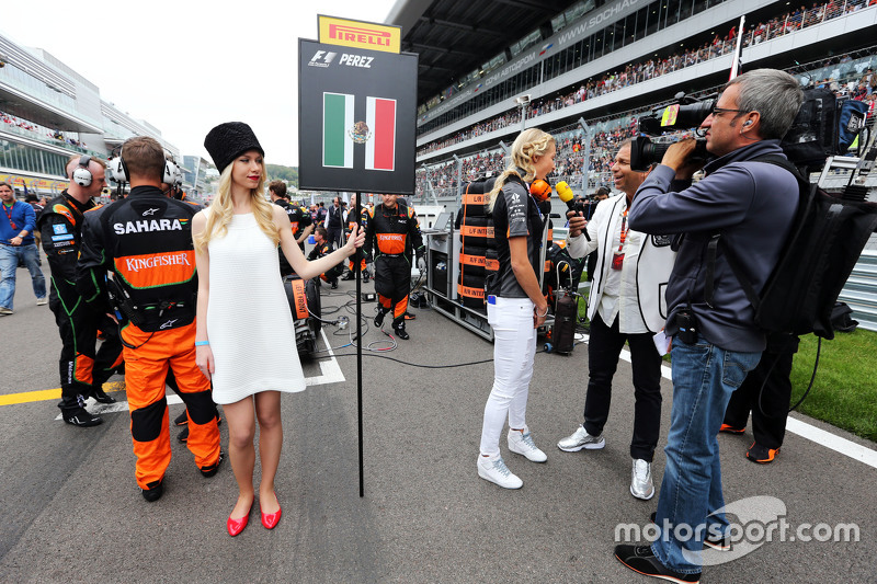 Darya Klishina, Long Jump Athlete with Kai Ebel, RTL TV Presenter and the Sahara Force India F1 Team on the grid