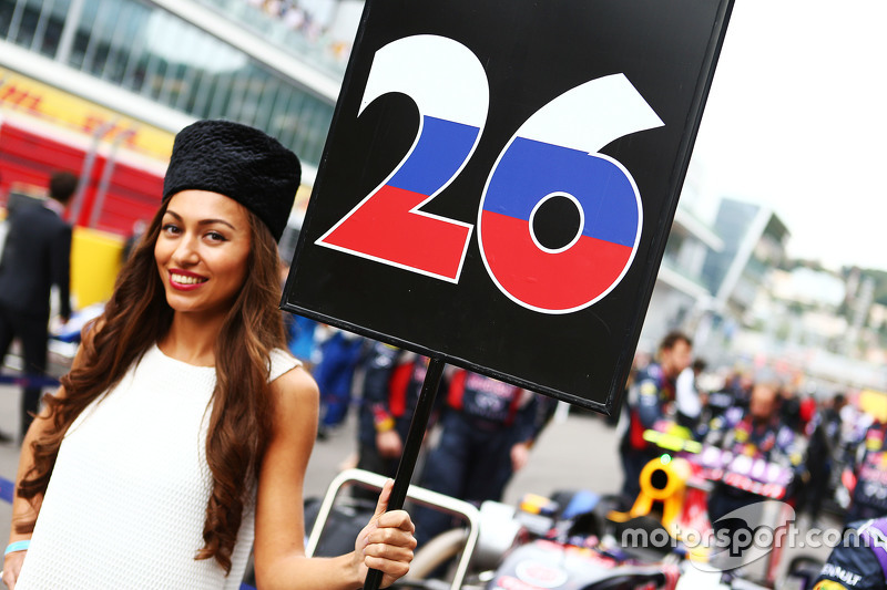 Grid girl for Daniil Kvyat, Red Bull Racing