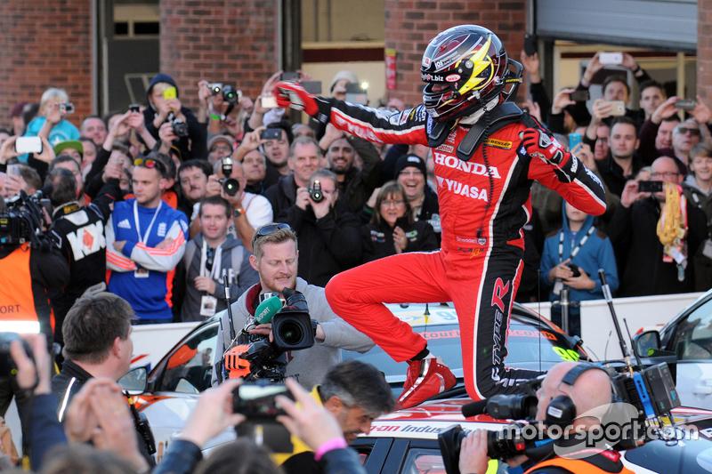 4.戈登·谢登——BTCC英国房车锦标赛 本田Yuasa车队 年度冠军(4胜)