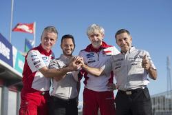 Официальное объявление команды Aspar MotoGP: Паоло Чиабатти, Джино Борсой, Джиджи Даллинья и Хорхе Мартинес