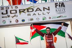ناصر العطية يحتفل بلقبه الـ11 في بطولة الشرق الأوسط للراليات