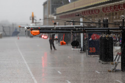 Heavy rain in the pits that cancelled FP2