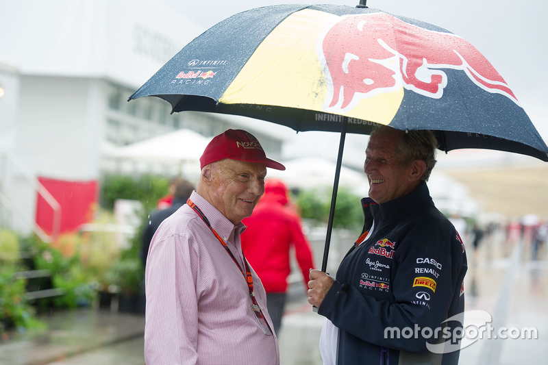 (L to R): Niki Lauda, Mercedes Non-Executive Chairman with Dr Helmut Marko, Red Bull Motorsport Consultant