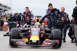 Daniel Ricciardo, Red Bull Racing RB11 op de grid