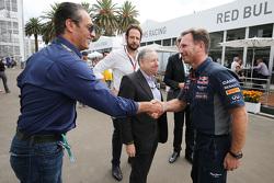 Carlos Slim Domit, voorzitter America Movil met Jean Todt, FIA President en Christian Horner, Red Bull Racing teambaas