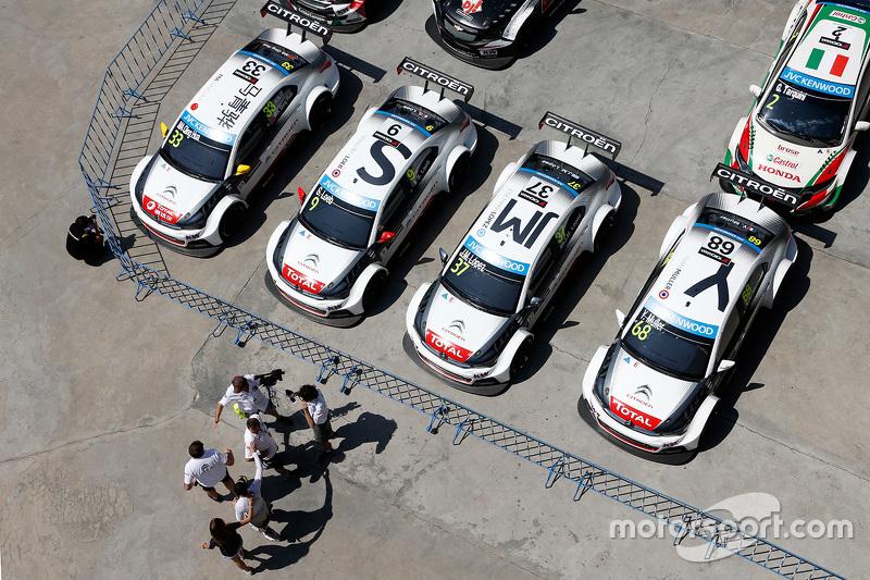 Citroën World Touring Car team cars of Іван Муллер, Себастьєн Леб, Ма Цин Хуа, Хосе Марія Лопес