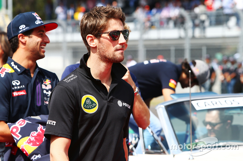 Romain Grosjean, Lotus F1 Team on the drivers parade.