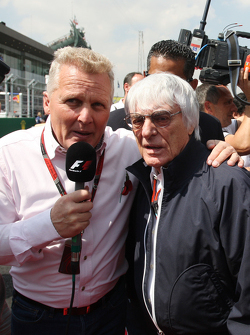Johnny Herbert, Sky Sports F1 Presenter with Bernie Ecclestone, on the drivers parade.