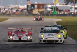#27 Horag Racing Porsche RS Spyder: Fredy Lienhard, Didier Theys, Jan Lammers, #5 VICI Racing Porsche 911 GT3 RSR: Uwe Alzen, Craig Stanton, Nathan Swartzbaugh