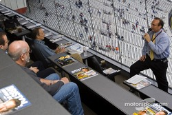Jerry Punch speaks to NASCAR fans