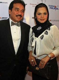 Gala Dinner: Datuk K with wife Siti Nurhaliza