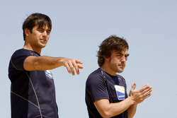Renault F1 drivers training in Bahrain: Nelson A. Piquet, Renault R28 and Fernando Alonso, Renault R28