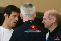Mark Webber, Red Bull Racing, Geoff Willis, Red Bull Racing, Teknik Direktörü ve Adrian Newey, Red Bull Racing, Teknik Direktörü