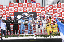 GT1 podium: class and overall winners Karl Wendlinger and Ryan Sharp, second place Andrea Bertolini and Michael Bartels, third place Philipp Peter and Allan Simonsen