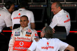 Lewis Hamilton, McLaren Mercedes, Ron Dennis, McLaren, Team Principal, Chairman and Mansour Ojeh, Commercial Director of the TAG McLaren