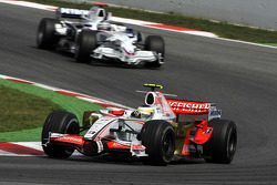 Giancarlo Fisichella, Force India F1 Team, Nick Heidfeld, BMW Sauber F1 Team