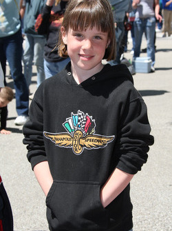 Young race fan wears the famed Wing and Wheel logo